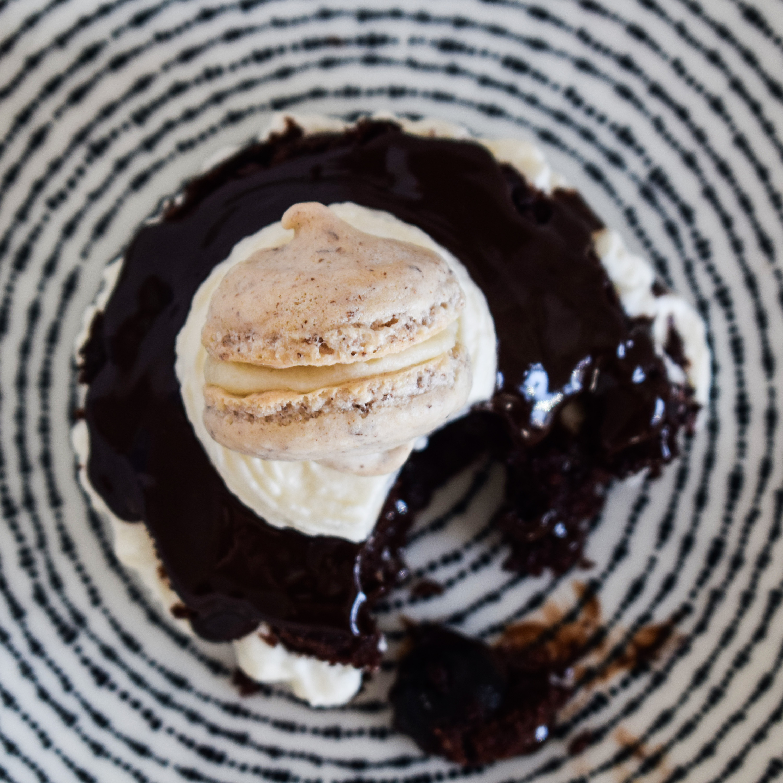 Macarons-Toertchen mit Baileys