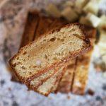 Blondies mit gesalzenen Macadamias | kuchengeschichten