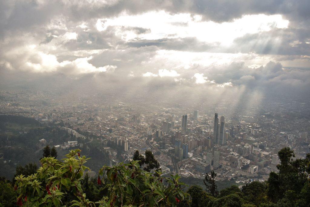 Urlaub in Südamerika Blick auf Bogota | kuchengeschichten