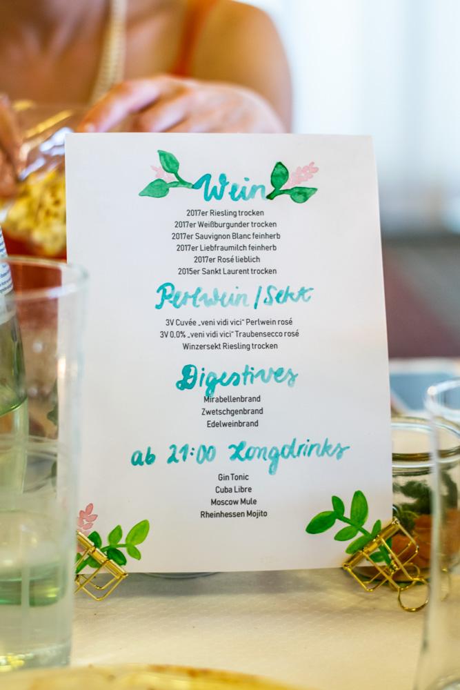 Getränkekarte Naked Cake - Hochzeitstorte Tischdekoration| kuchengeschichten
