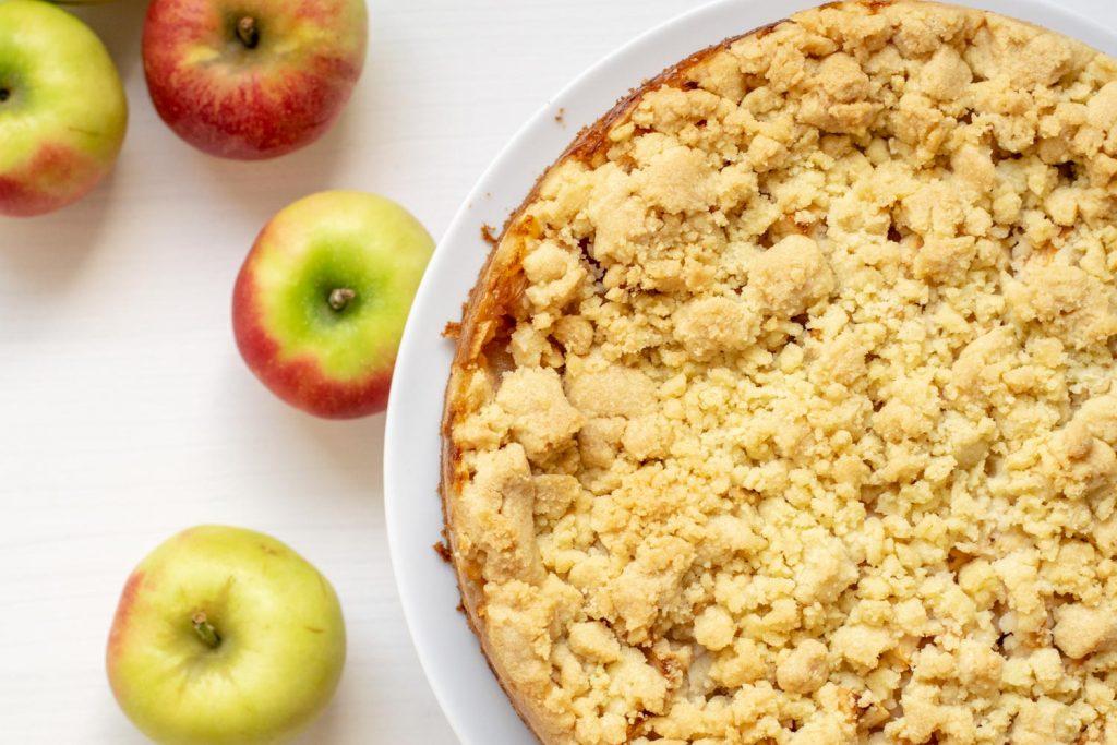 Apfel-Pudding-Streuselkuchen | kuchengeschichten