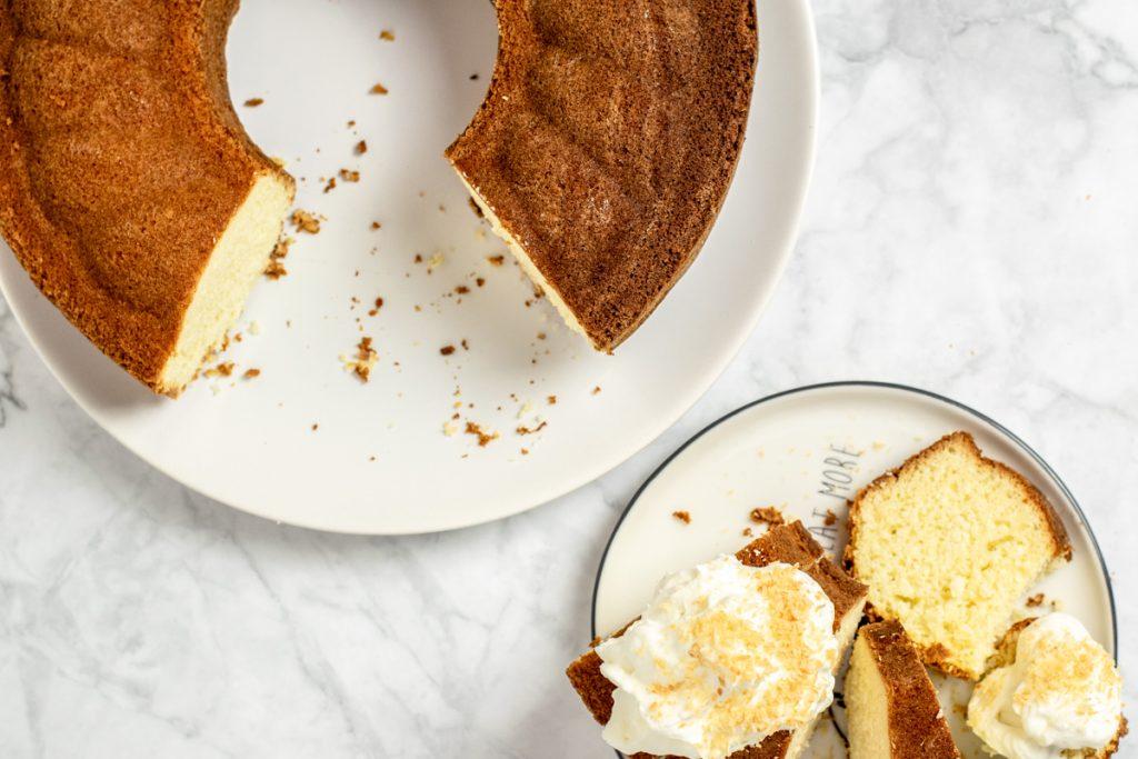 Kokoskuchen mit weißer Schokolade | kuchengeschichten