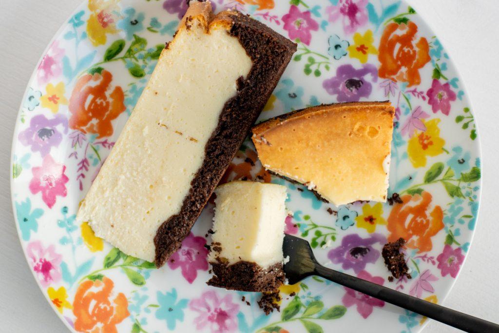 Kaesekuchen mit Brownieboden | kuchengeschichten