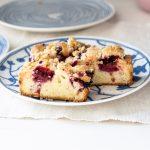 Streuselkuchen mit Beeren   kuchengeschichten