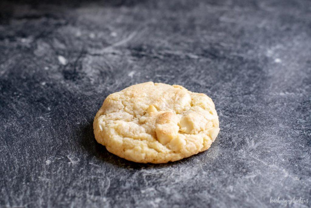 Weiße Schokolade Macadamia Cookies | kuchengeschichten