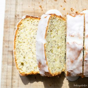 Zitronenkuchen mit Mohn | kuchengeschichten