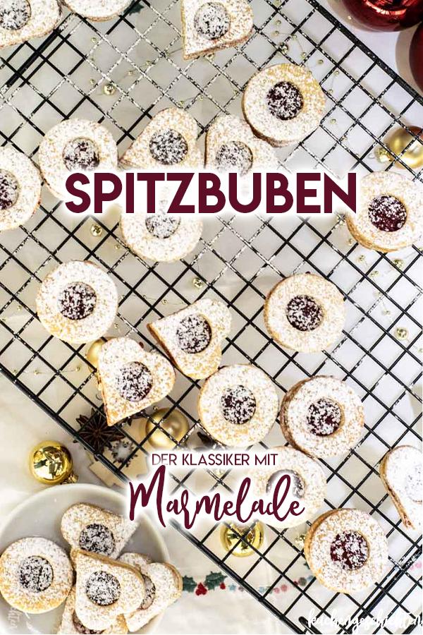 Spitzbuben mit Marmelade, auch Terrassenplätzchen genannt, sind der absolut leckere Weihnachtsklassiker - zu Recht! :) Saftig, mürbe, süß - die dürfen zu keinem Weihnachten fehlen. | kuchengeschichten