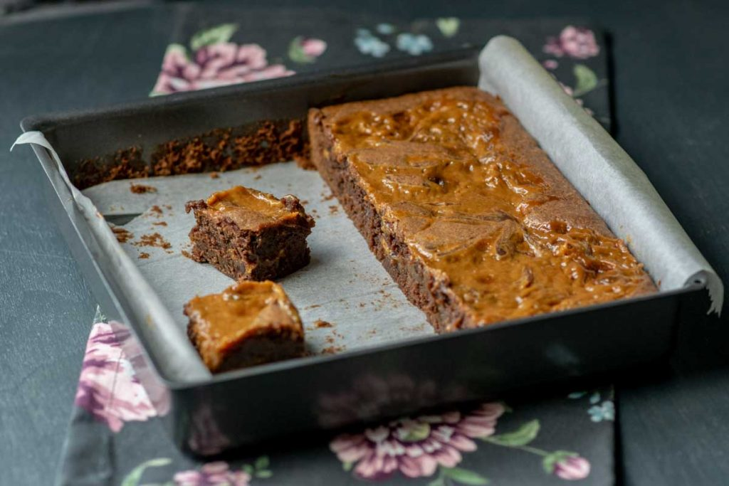 Dulce de Leche Brownies   kuchengeschichten