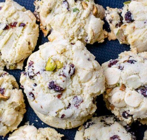 Cookies mit Cranberries Pistazien und weißer Schokolade | kuchengeschichten