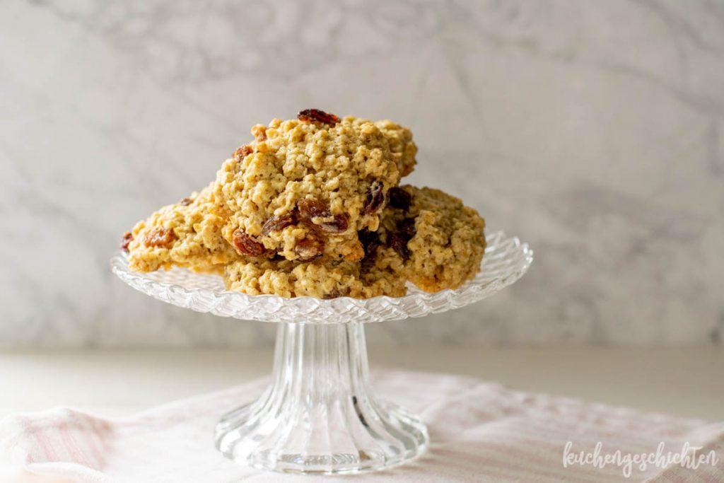 Haferflockencookies mit Rosinen | kuchengeschichten