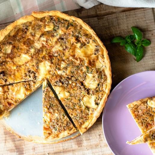 Quiche mit Brie, Walnuessen und getrockneten Tomaten | kuchengeschichten
